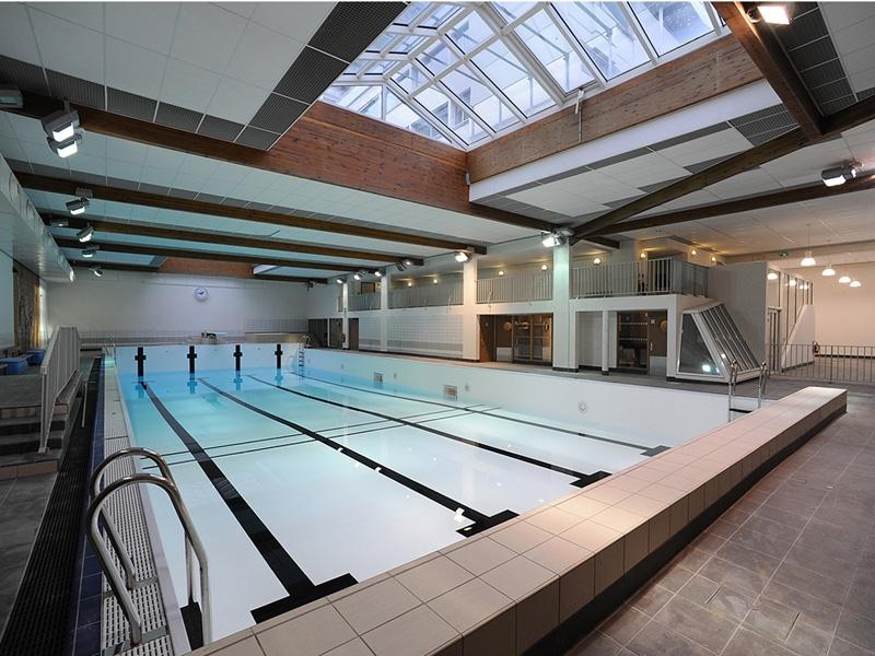 Broissand architectes centre aquatique de voves for Piscine voves