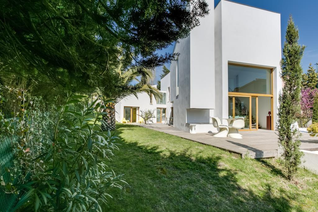 Broissand architectes centre aquatique le cateau c for Piscine eaubonne